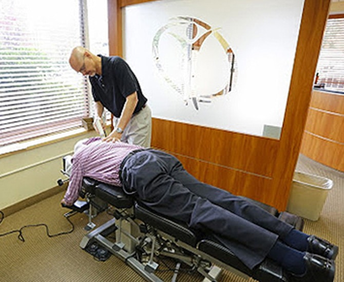 Pain Management Sterling VA Chiropractic Adjustment